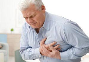 از کجا بفهمیم دچار حمله قلبی شدهایم؟ / درمان سریع این بیماری را بشناسید