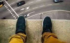 خودکشی جوان کنکوری/ مقصر کیست: نظام آموزشی، جامعه یا خانواده؟