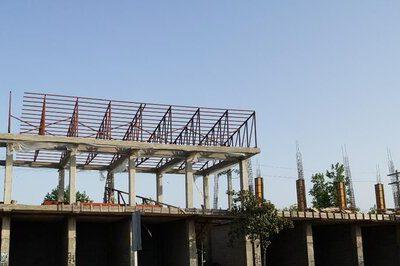 پیشرفت ۵۰ درصدی ساخت واحدهای تجاری شهرداری لنگرود