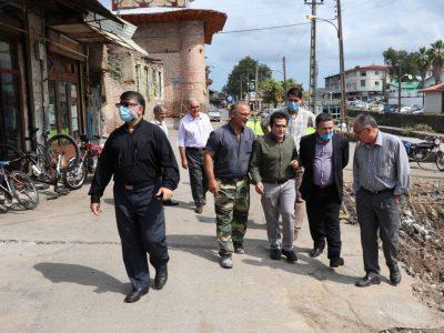 بازدید شهردار و اعضای شورای شهر لنگرود از پروژههای عمرانی سطح شهر