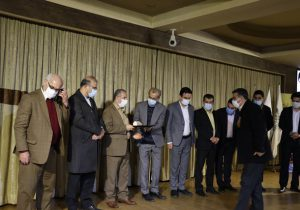 شورای شهر و شهرداری لاهیجان از فعالان حمل و نقل تجلیل کردند