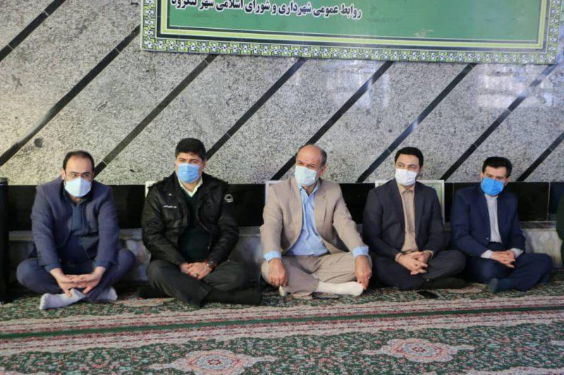 5378c689-4abc-4aa3-ba99-4fdcb9576804-800x533 ادای احترام شهردار شهر چاف و چمخاله به مقام شامخ شهدای انقلاب اسلامی
