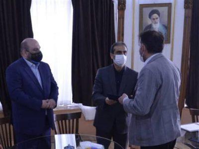 شهردار رشت در مراسم تقدیر از هنرمندان صنایعدستی عنوان کرد؛ ثبت ملی هنر رشتی دوزی اتفاقی بسیار مبارک برای شهر رشت و استان گیلان است