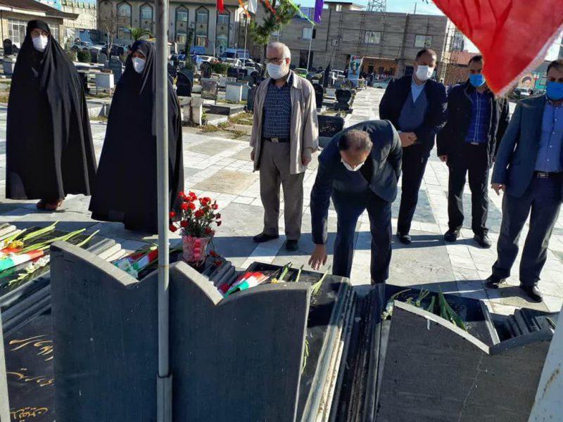 photo_2021-01-31_13-37-04-800x600 ادای احترام شهردار رشت به مقام شامخ شهدای انقلاب اسلامی