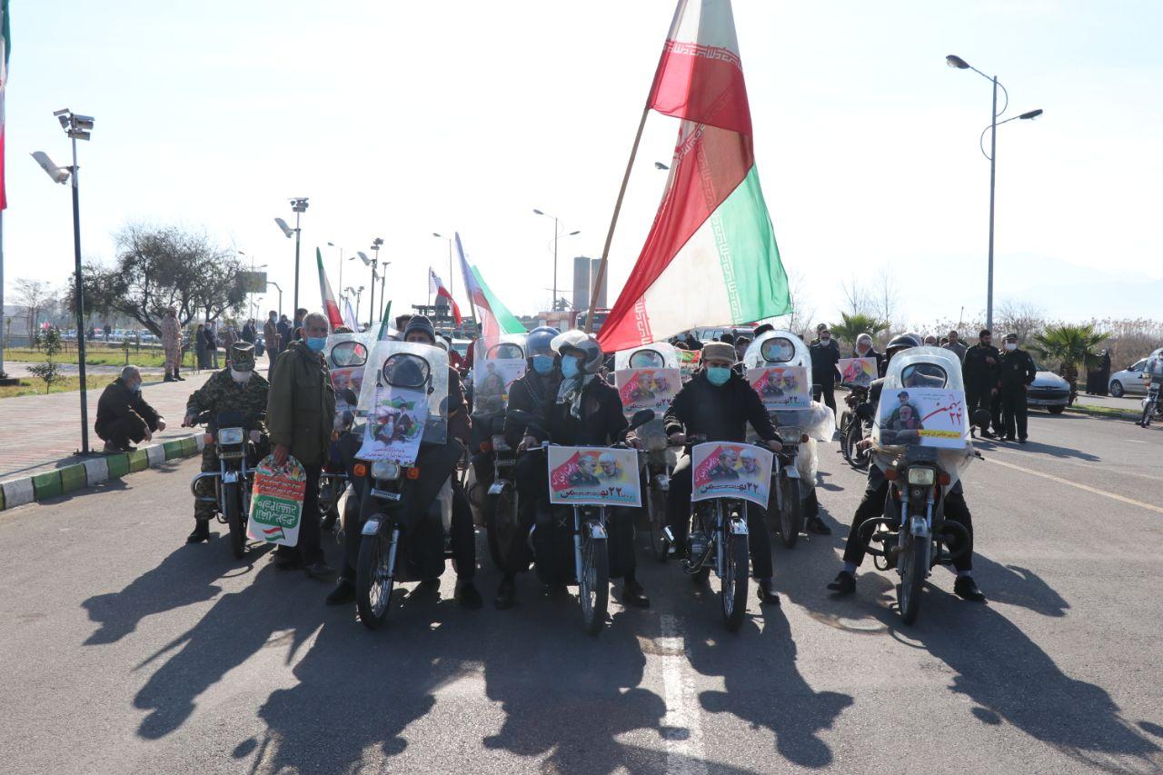 WhatsApp-Image-2021-02-11-at-09.33.21 رژه خودرویی به مناسبت یوم الله ۲۲بهمن در لنگرود