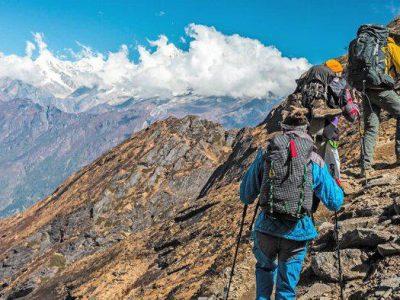 گروه های کوهنوردی گیلان مجوز برگزاری تورهای گردشگری را ندارند