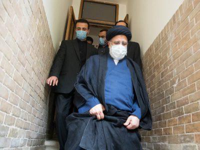 ترکیب ستادهای انتخاباتی ابراهیم رئیسی در استانها  مرداد ۱۴۰۰ با چه دولتی سروکار داریم؟