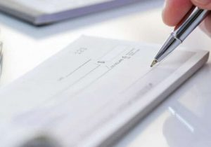 چک سفید امضاء چگونه دردسرساز میشود؟